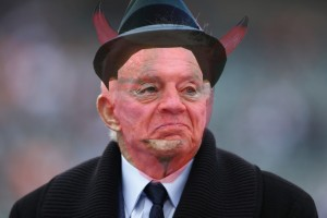 jerry_jones_devil